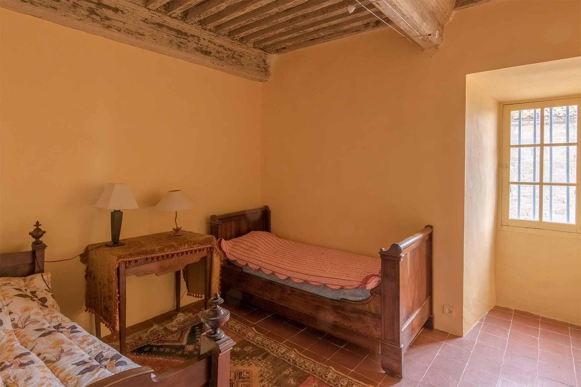 Chambres ch teau de puich ric for Prix chambre chateau vallery